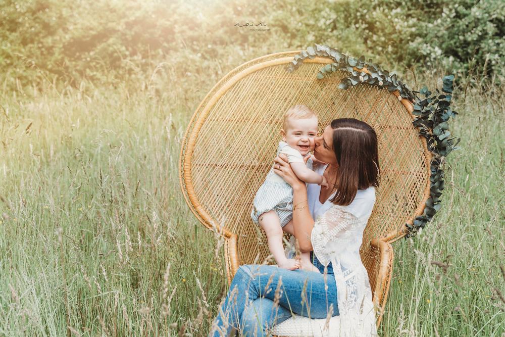 Mommy and me fotoshoot regio west-vlaanderen oost-vlaanderen moeder dochter zoon familiefotografie noir photography and design