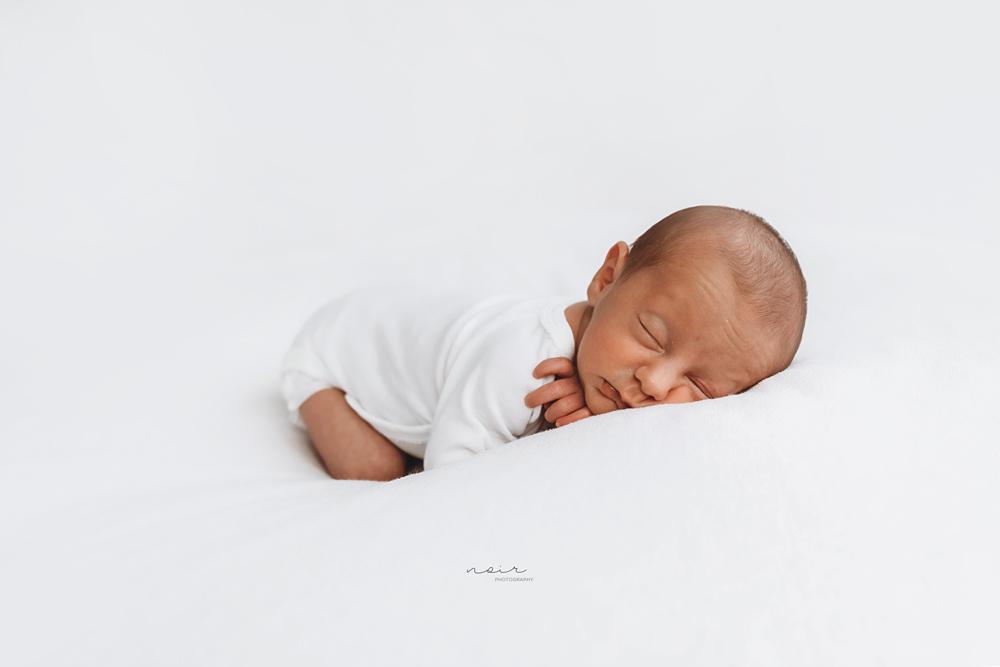 Newbornfotografie regio west-en oostvlaanderen Noir photography & design België tweelingen