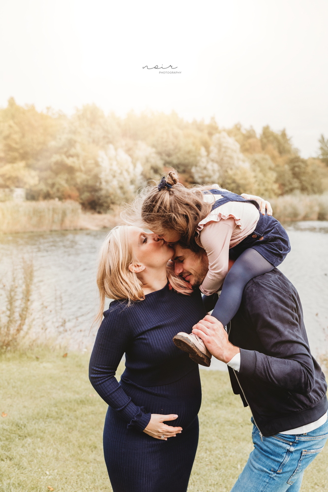 familie maternity zwangerschapsshoot fotoshoot fotografie noir regio west-en oostvlaanderen