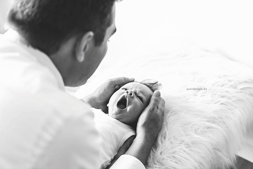 Newbornfotografie babyfotografie regio west-vlaanderen en oostvlaanderen noir photography noirdesign
