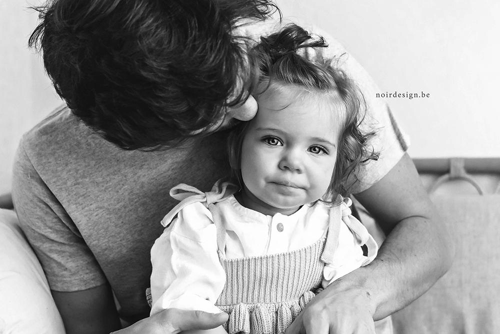 Milestone familieshoot NOIR fotografie Julie Van Brabant regio Oost- en Westvlaanderen